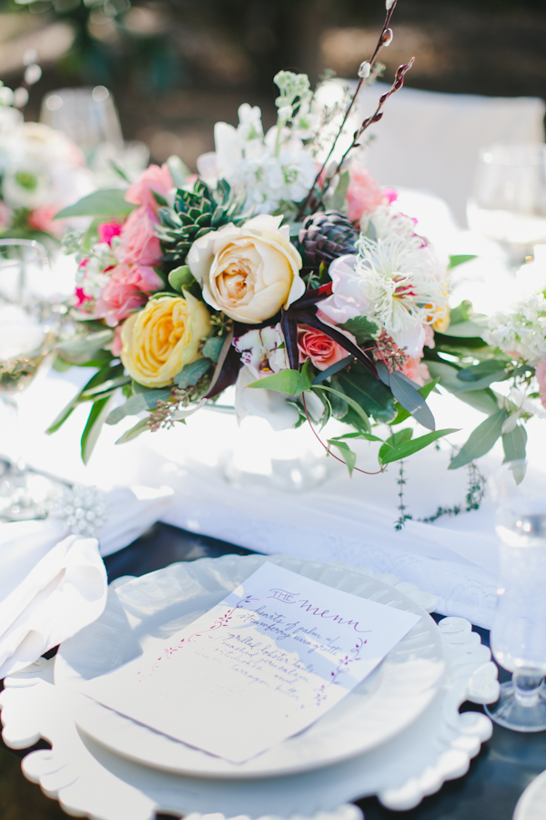 Southern-weddings-succulent-and-peony-centerpiece