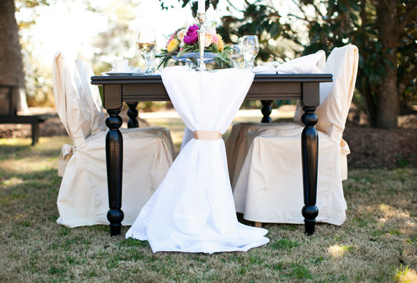 Southern-weddings-tulle-table-linens