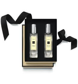 Jo Malone Fragrance - There are so many reasons to fawn over Jo Malone signature scents (we have even used them to create a custom wedding day fragrance in a reception space), but our favorite is the option to layer fragrances to create your own blend! This is perfect little 2- bottle gift option. Our favorites are Peony + Blush Suede and Grapefruit!