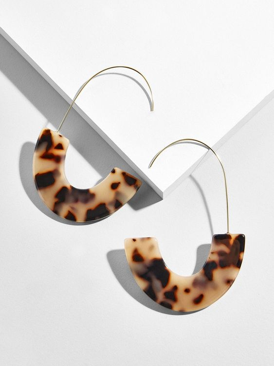 Bauble Bar Earrings - Statement earrings for the win. We love these resin tortoiseshell drop earrings from the ever stylish Bauble Bar. Is your girlfriend group doing a gift exchange - these would be a big hit! They are also available in a range of other colors.