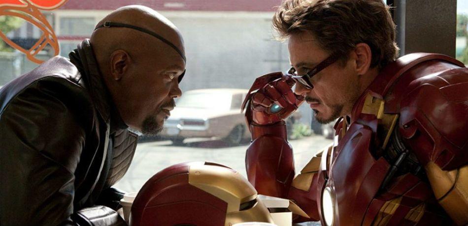Ho un'idea: facciamo triliardi di dollari rendendo pheeghi i personaggi nerd per eccellenza.