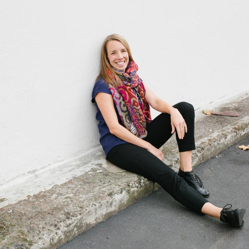 Ashley Gartland of The Simplified Entrepreneur via The Qurious Effect, a Squarespace web designer