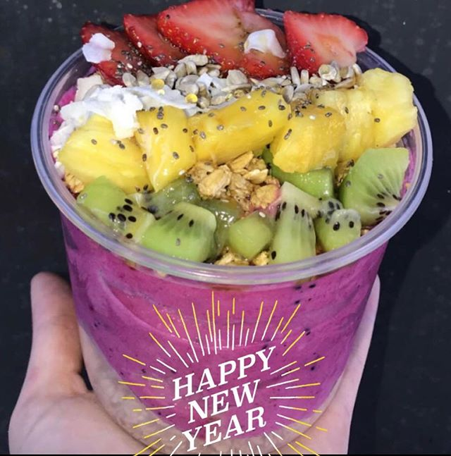 Happy New Year! 🎆 We are closed today but will be open to at 8am tomorrow to start your healthy new year. #alohaaustin #alohapola #eatwell #livewell #bewell #alohapola #acai #pitaya #do512 #austin360eats #newyear #vegan #healthyeating