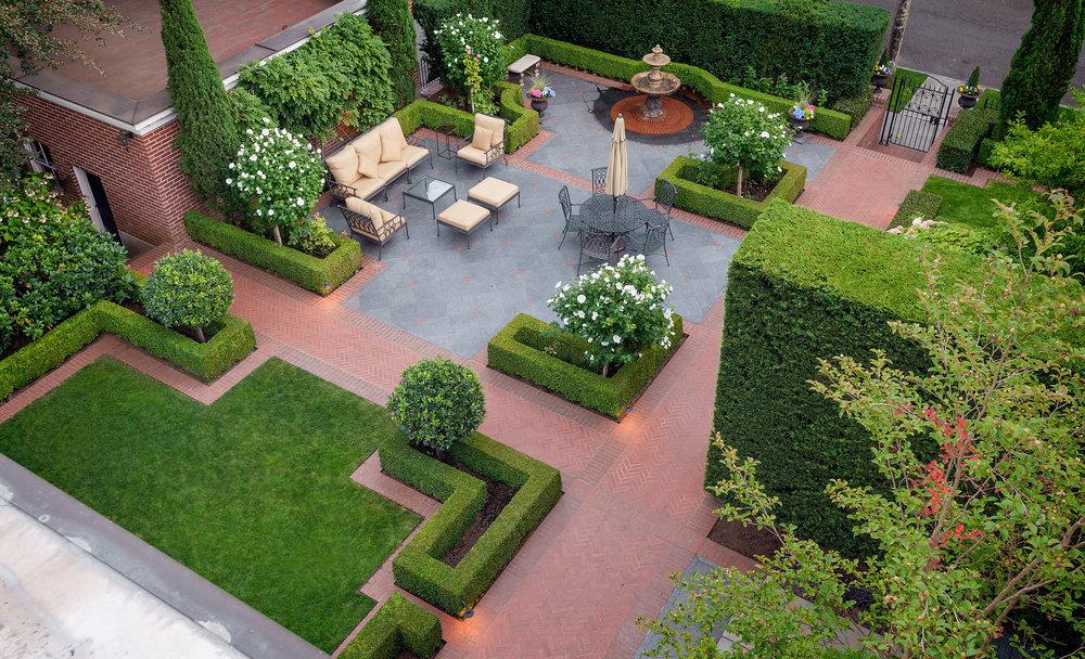 gardens3_mod.jpg