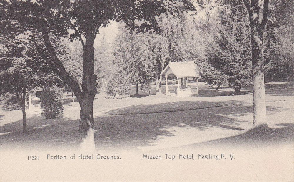 Hotel grounds, Mizzen Top Hotel
