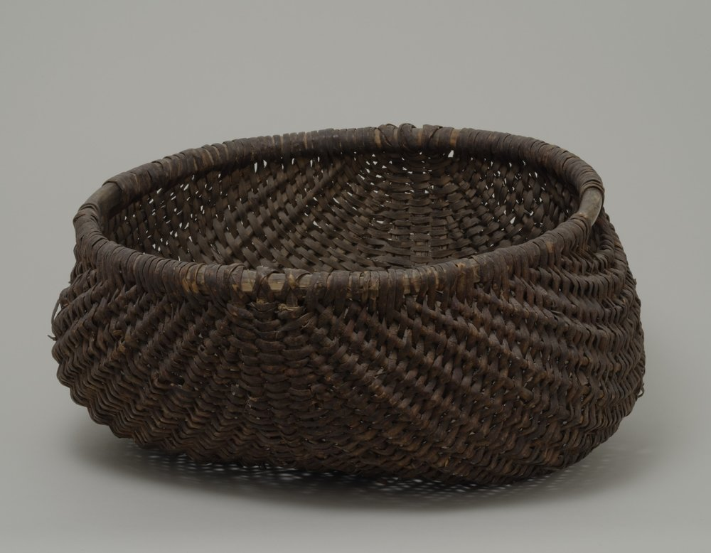 nknown people (Woodlands), twill splint egg basket, before 1882. Wood and twill, 7 1/16 × 9 13/16 in.   Hood Museum of Art, Dartmouth College: Gift of Mrs. Edward B. Lundt; 157.38.18274.