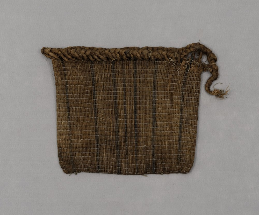 Odawa (Ottawa), twined-fiber bag, collected early 20th century. Bark, 14 15/16 × 16 9/16 × 1 3/16 in.   Hood Museum of Art, Dartmouth College: Museum Purchase; 56.14.13597.