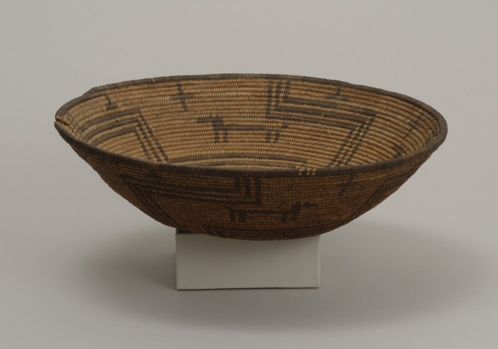 Western Apache, basket, early 20th century. Willow, cottonwood, and devil's claw, 3 3/4 × 14 in. Hood Museum of Art, Dartmouth College: Gift of Capt. Herbert L. Shuttleworth II, Class of 1935; 43.25.8621.