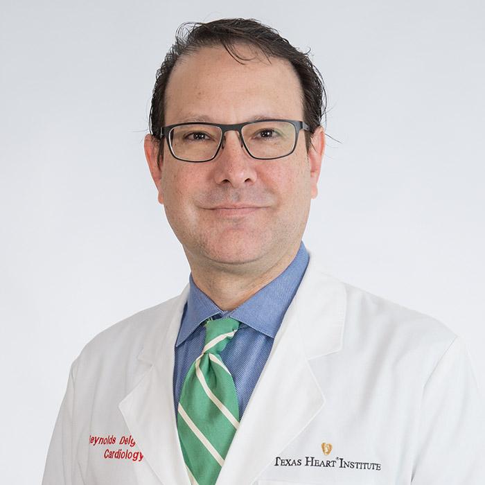 Dr. Reynolds Delgado