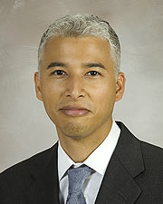 Dr. Kristofer Charlton-Ouw
