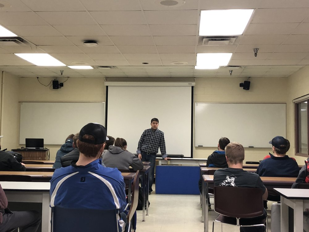 Joel Sanderson, intramural director addressing a group of intramural students. Photo by Connor Shea
