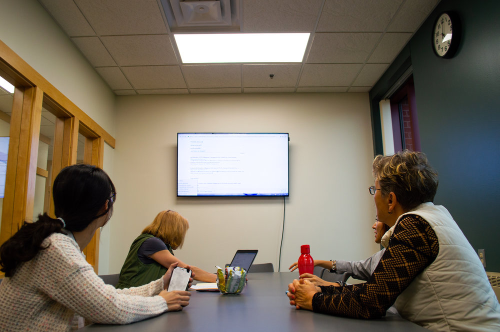 One study group meets on Wednesday evenings at 5:00 pm to tackle speaking and pronunciation of english words and phrases. Photo by Jake Barnard