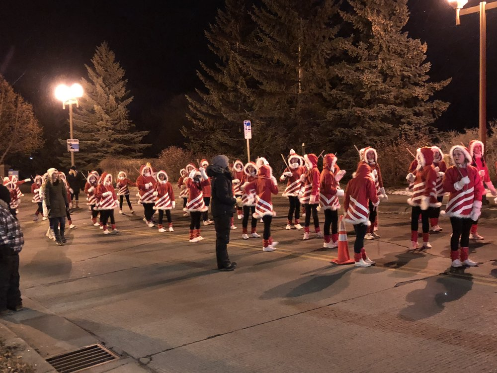Dancers from the Duluth Dance Center lined up to take their place in the parade. Photo by Clare Cade