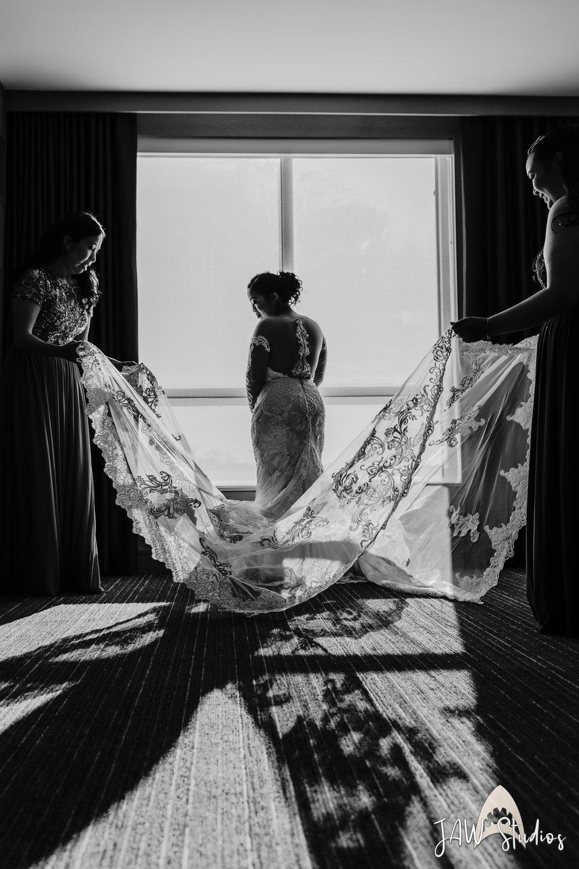 B&W Dress Flow-1.jpg