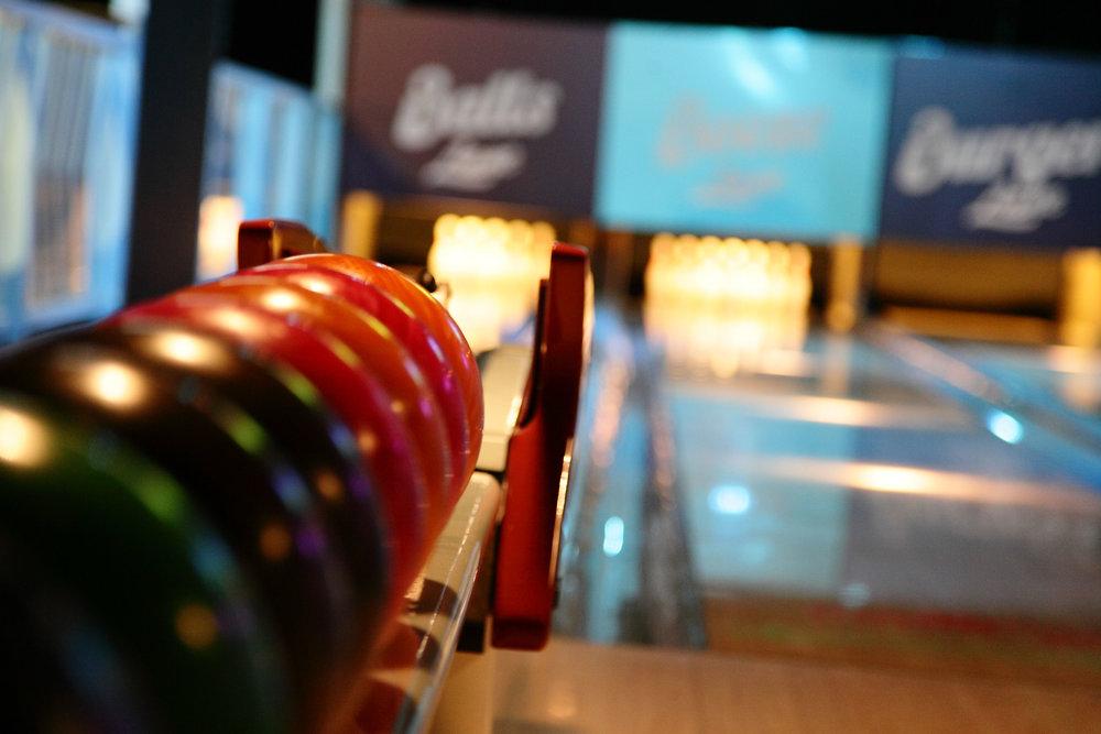 110915_pinup_bowling_launch_013.JPG