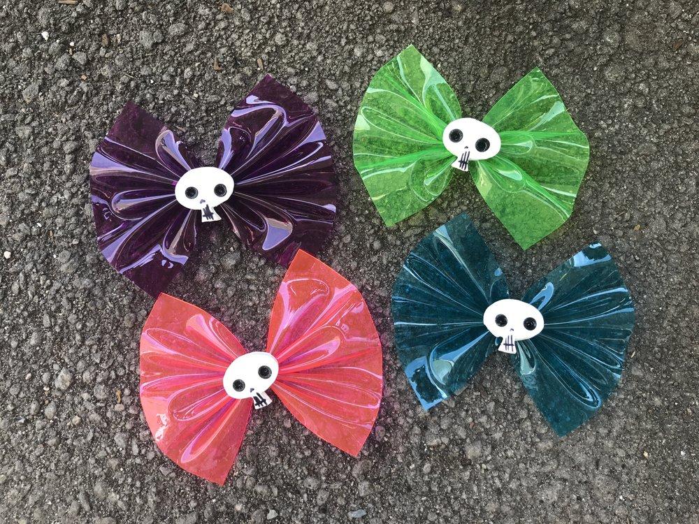 Zombie Skull Design bows with cute little handmade skulls.