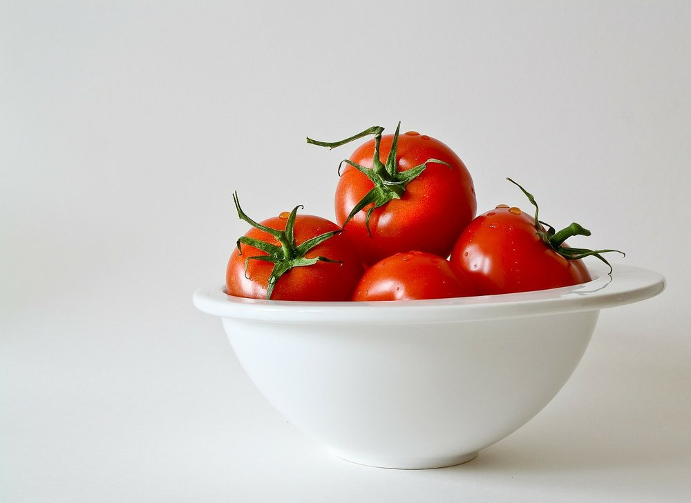 tomatoes-320860_1280.jpg
