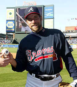 250px-John_Smoltz_with_Colonel_Air_Force_(cropped)