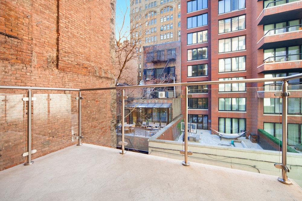 Terrace/ Outdoor