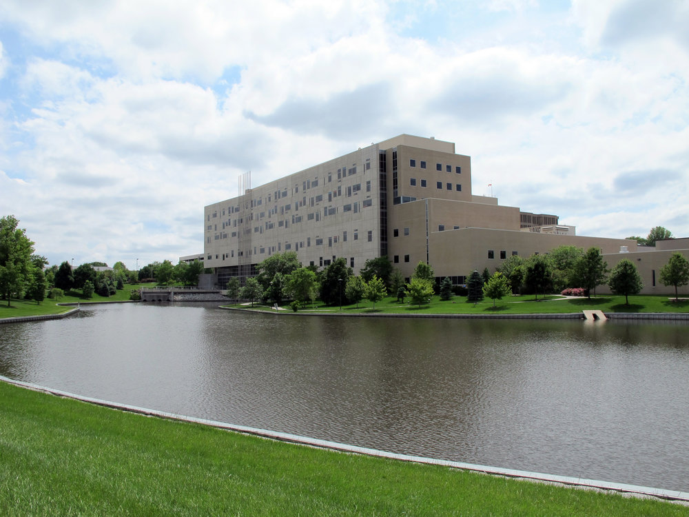 CHI_Health_St._Elizabeth,_Lincoln,_Nebraska,_USA.jpg