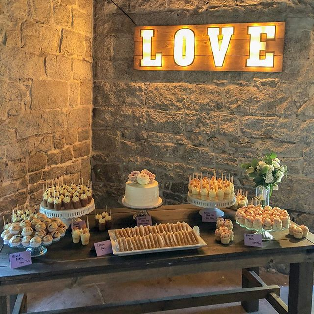 We LOVE a good dessert bar for a wedding, shower, birthday, and everything in between!