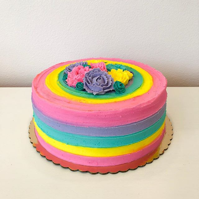 ¡Let's Fiesta! This custom Wedding Shower beauty was just as fun to make as it looks!