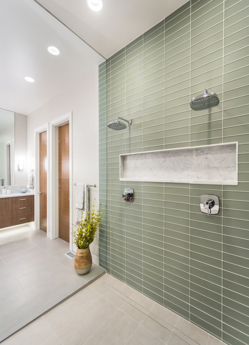 SRE-Lot1-shower.jpg