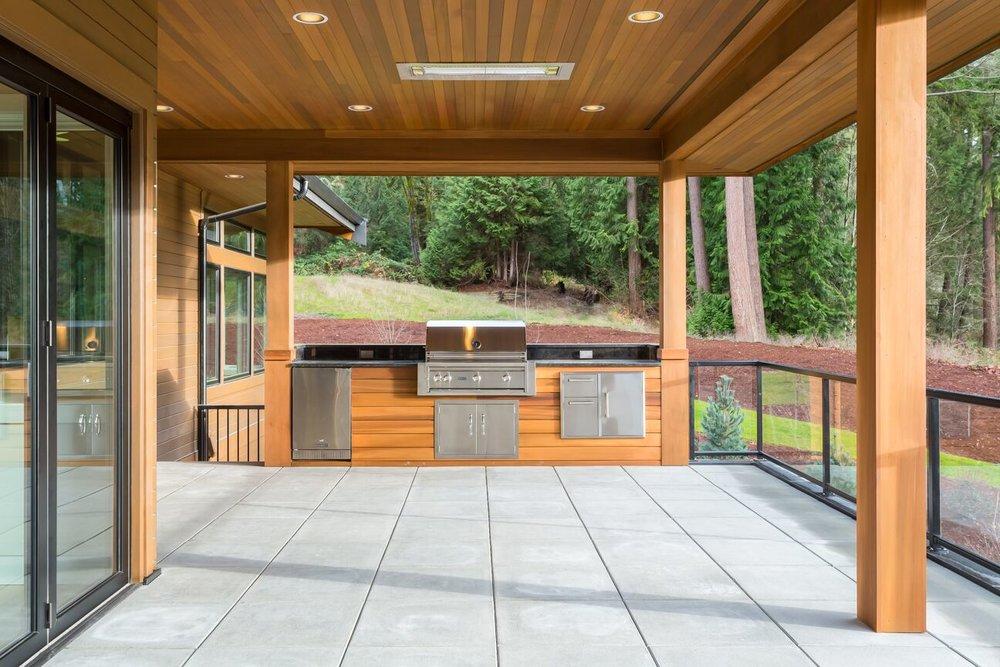 SRE-Lot1-deck-grill.jpg