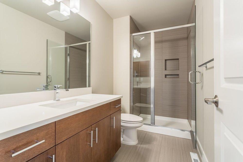 guest-bath2.jpg
