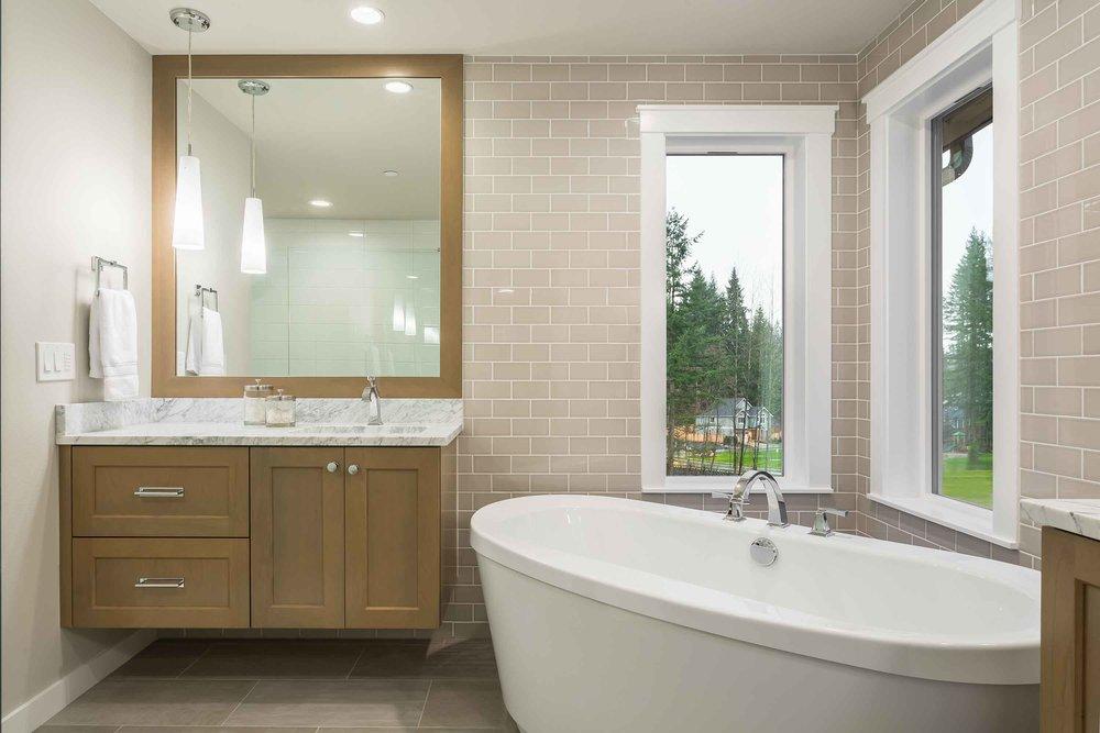 Master-Bath-dwn.jpg