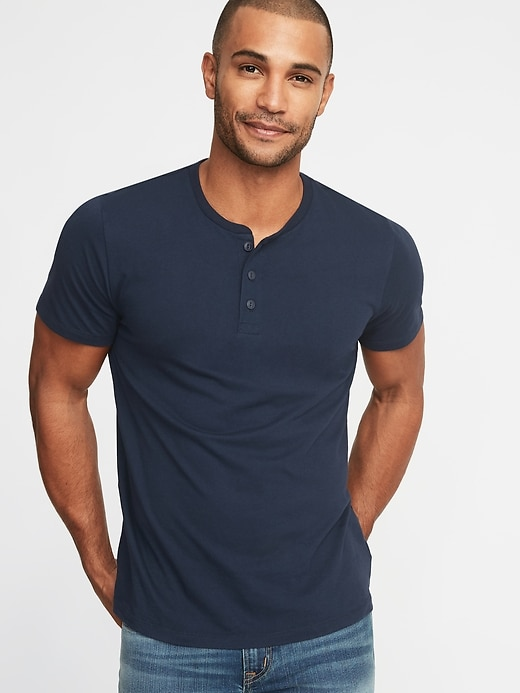 Nice casual look with a nice neckline. © Old Navy
