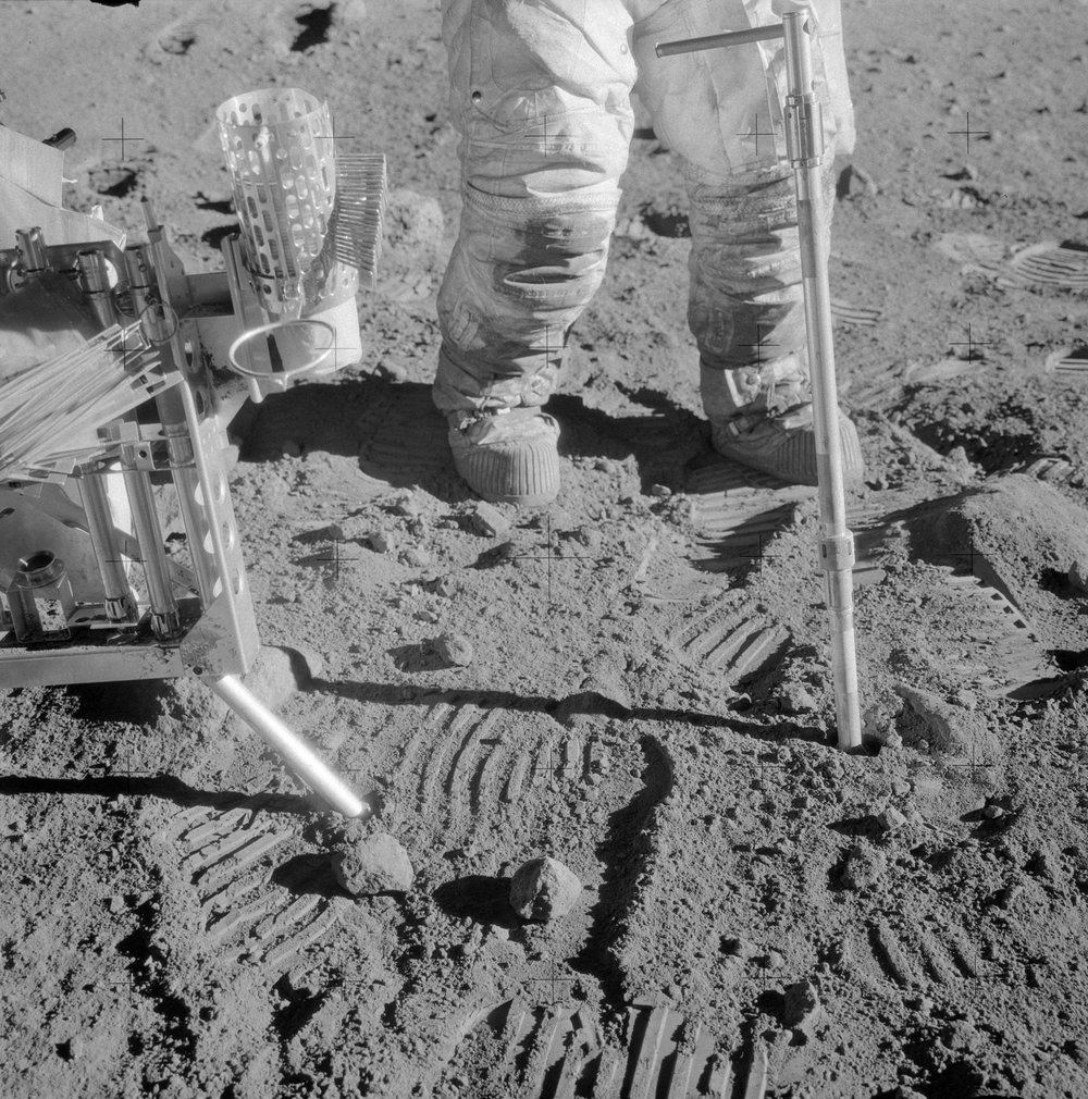 Image: Catalog of Apollo Lunar Surface Geological Sampling Tools and Containers (https://www.hq.nasa.gov/alsj/a12/AS12-49-7243HR.jpg)