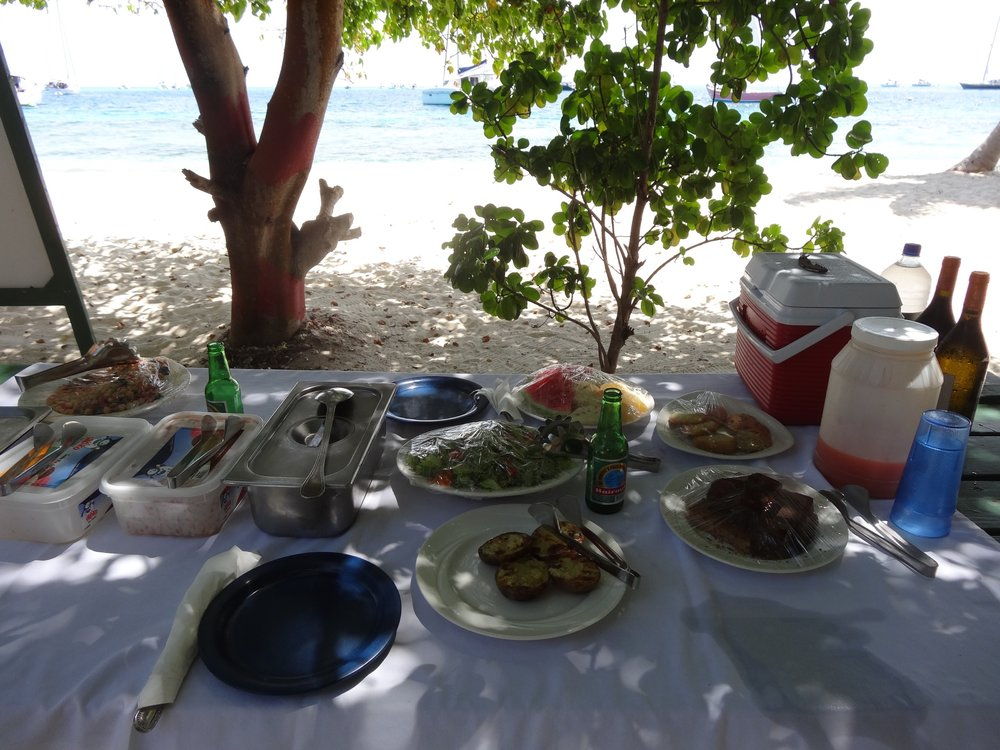 Lunch at the Tobago Cays