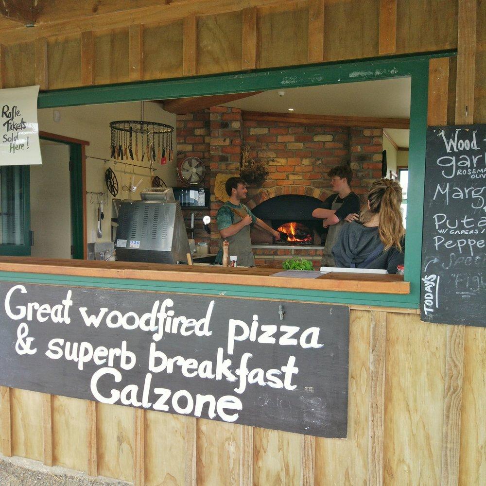 20170924_clevedon_farmers_market_pizzeria.jpeg