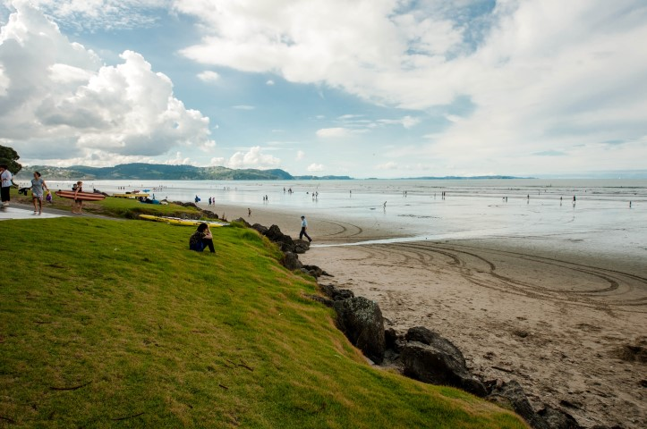 DSC_0013_2016_Orewa_beach (Small).jpg