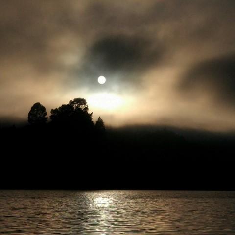 20171211__new_zealand_waikato_lake_arapuni_arohana_doc_campsite_sunrise_fog_sun_3 (Small).jpeg