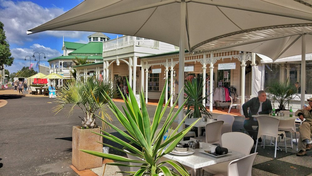 20170909_Northland_Whangarei_harbour_colonial_houses_cafes.jpeg
