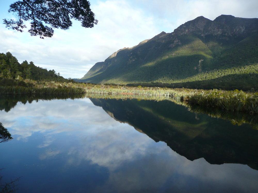 mirror lakes on milford road