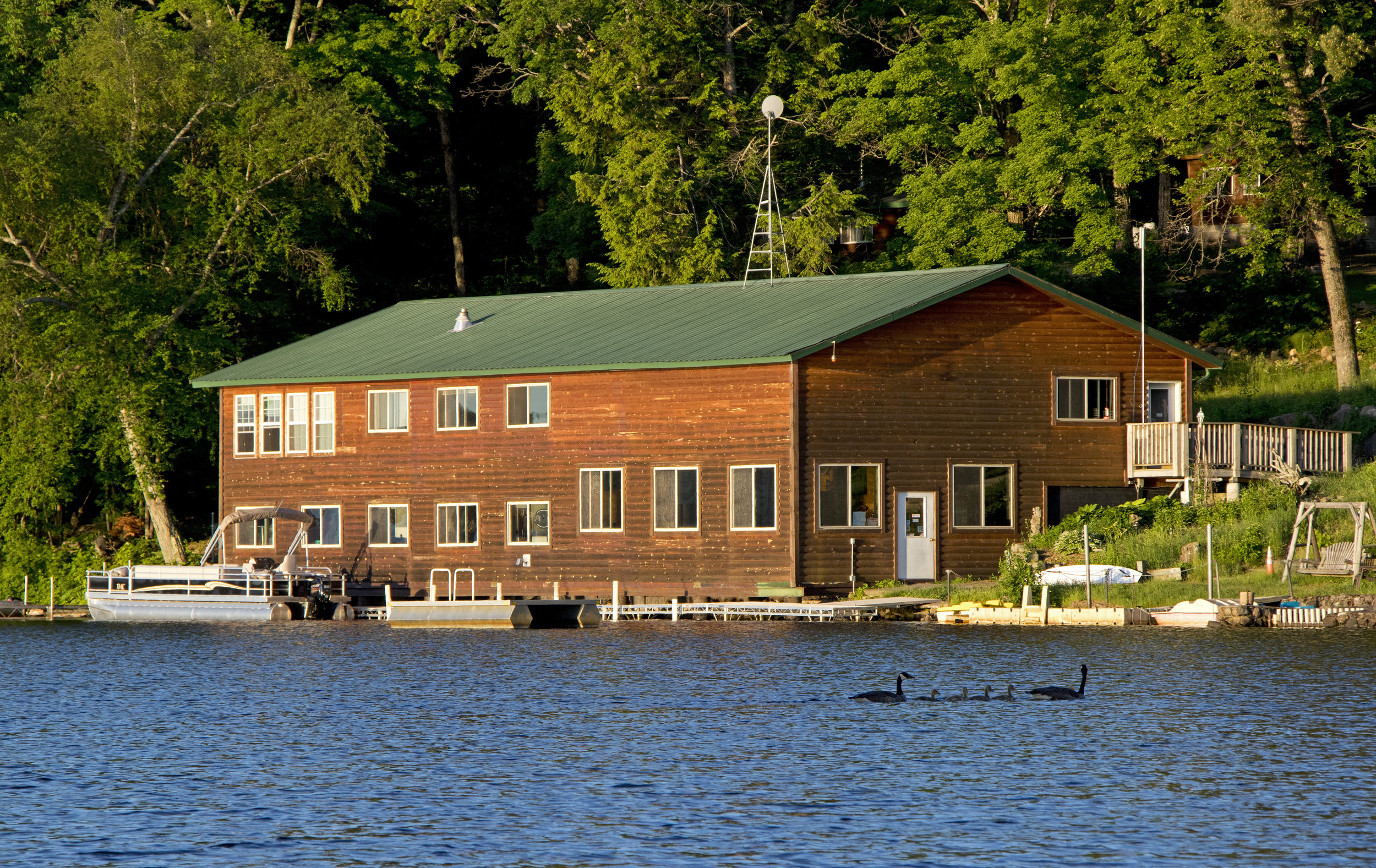 pet rental lake cabins friendly by deals owner wisconsin cabin rentals delton dells wilderness