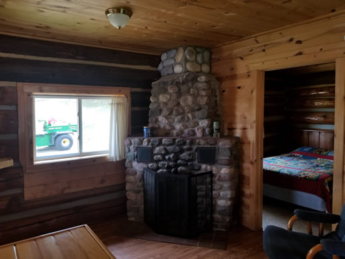 Cabin5fireplace.jpg