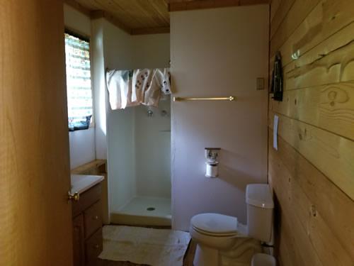 Cabin5Bath.jpg