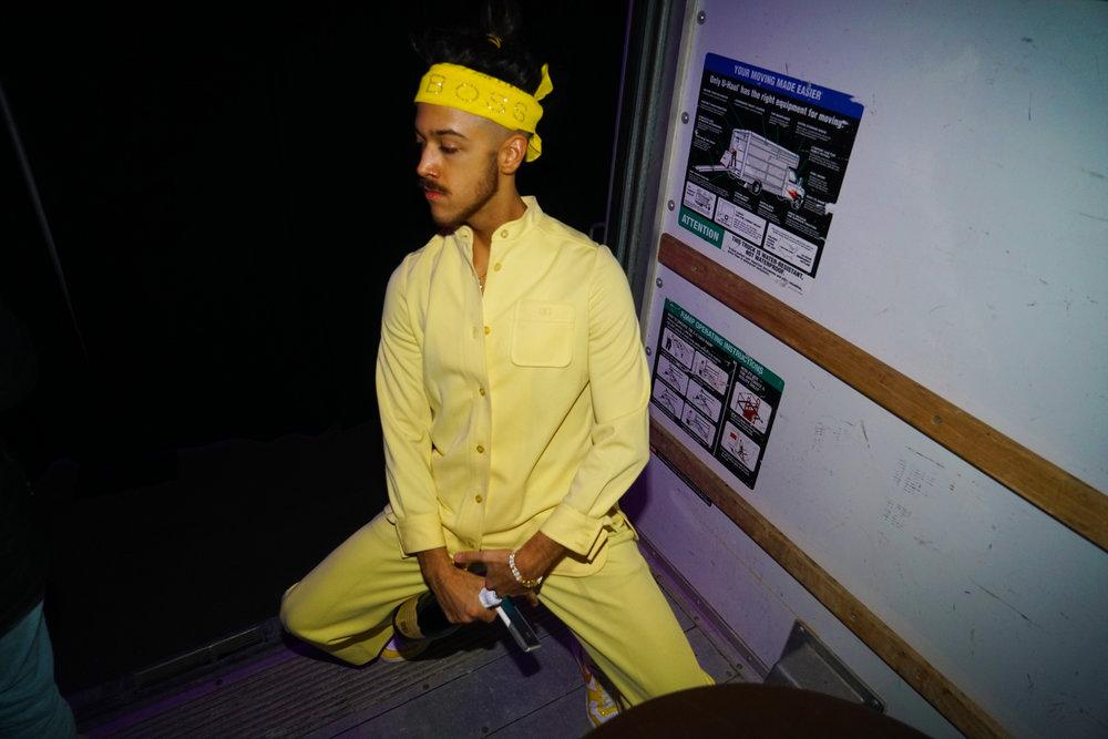 YellowNYE_14.jpg