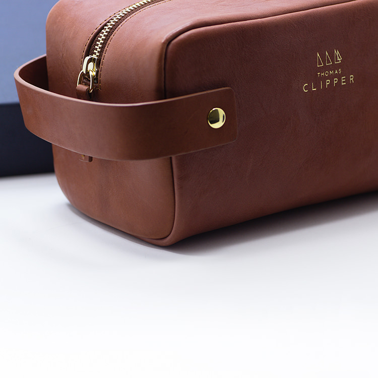 Tuscan wash bag by Thomas Clipper, made by hand in Florence with full grain leather