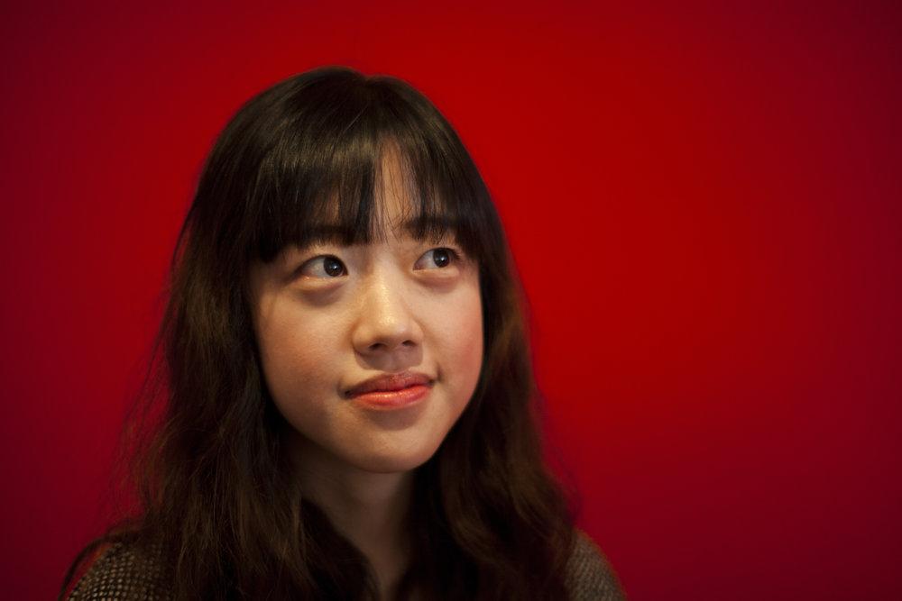 蕾丝·李娜允 Grace Nayoon Rhee -