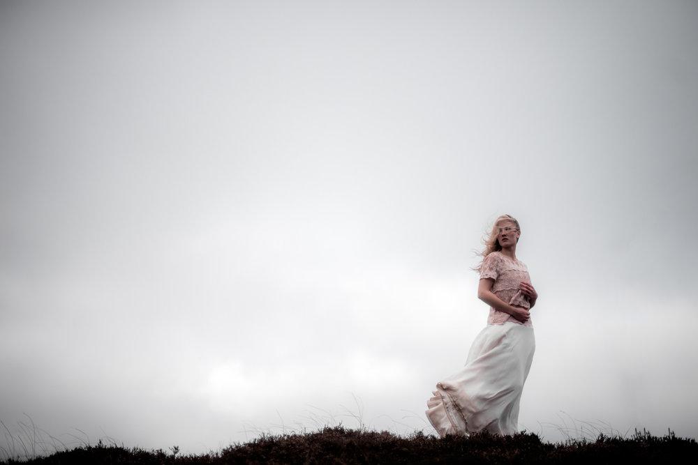 Brautportrait in der Heide