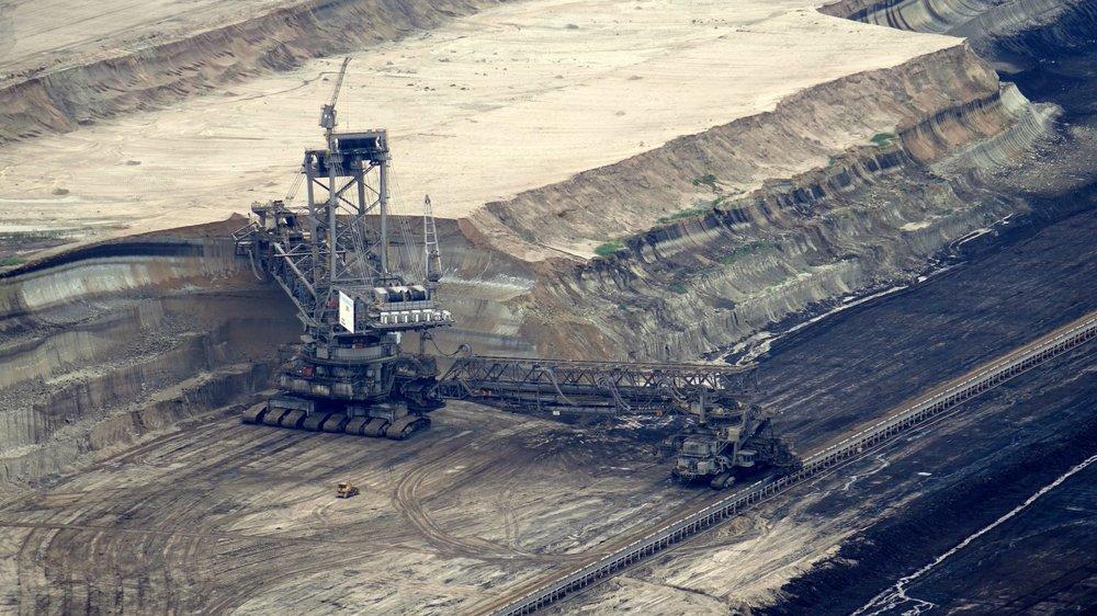 Industrie minière - L'industrie minière fut une découverte intéressante proposée par le CNRC. La vision de cette industrie fut le coup de cœur de l'entreprise puisque les valeurs véhiculées s'arriment parfaitement avec celles de Solugen. Les 2 principales valeurs étant ; la sécurité au travail et la protection de l'environnement.