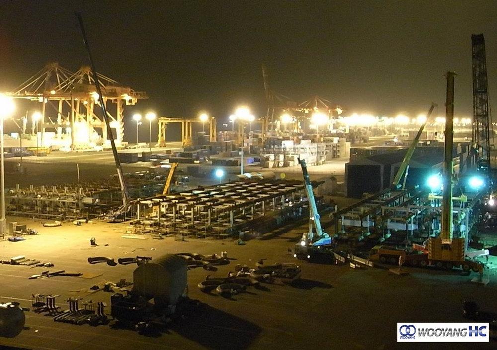 Wooyang 06 Loop Reactor Fab yard night.jpg
