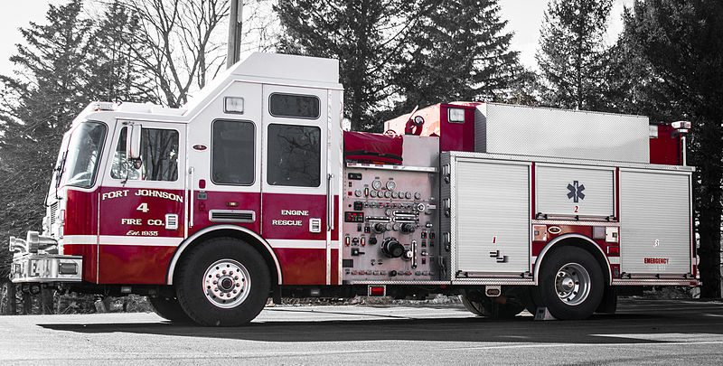Fire_Company_Engine_4 by Jess Mann CC Wikimedia Commons.jpg