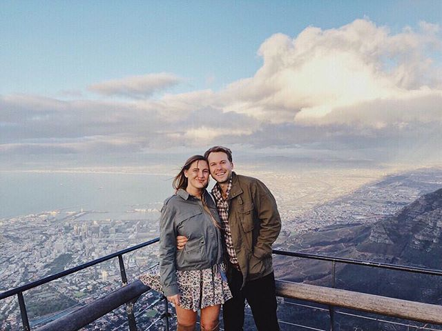 Thankful 🤗 @lexandzachtravel #lexandzach . . . #tablemountain #southafrica #capetown #lexandlynne #loveshackfancy #blackfriday #smallbusinessowner #smallbusinessaturday #ootd #dametraveler #travelbloggers #travelbloggerlife #amazinggetaways #beautifuldestinations #travelandleisure #alwaysanadventure #travelersjournal #ontopoftheworld #exploremore #traveloften #visitsouthafrica #visitcapetown