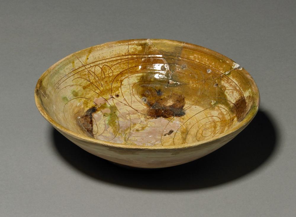 Ceramic bowl rim sherd - CeramicAD 1000–1200Siraf, IranBritish Museum
